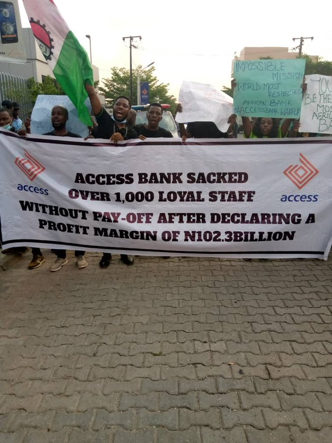 Access Bank In Crisis As Staff Members Protest Non-payment Of Salaries